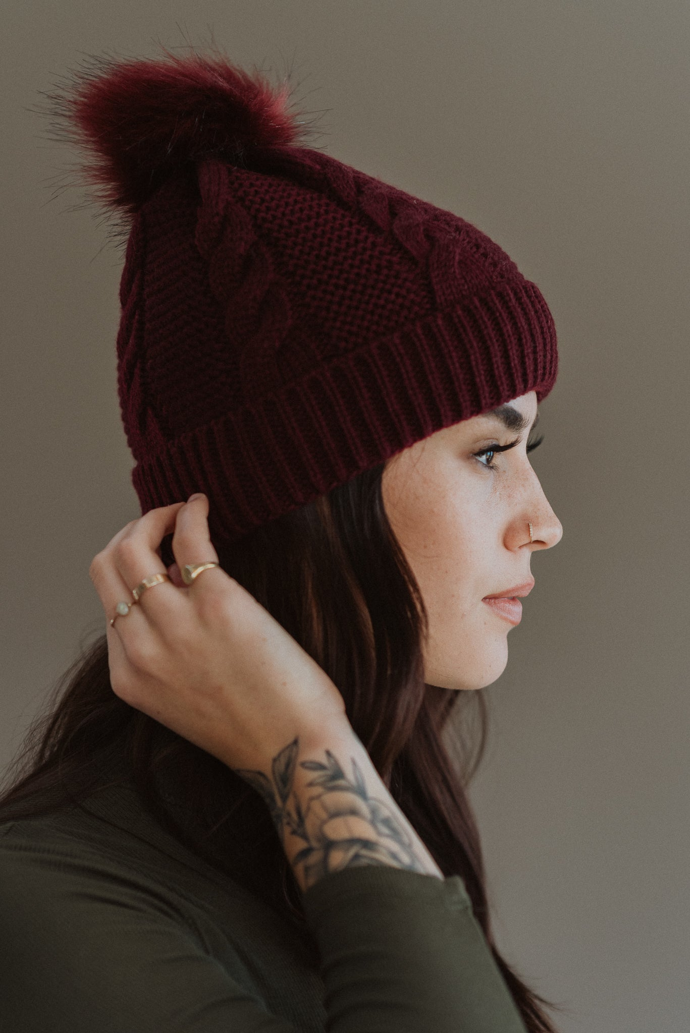 Winter Nights Faux Fur Pom Toque in Burgundy