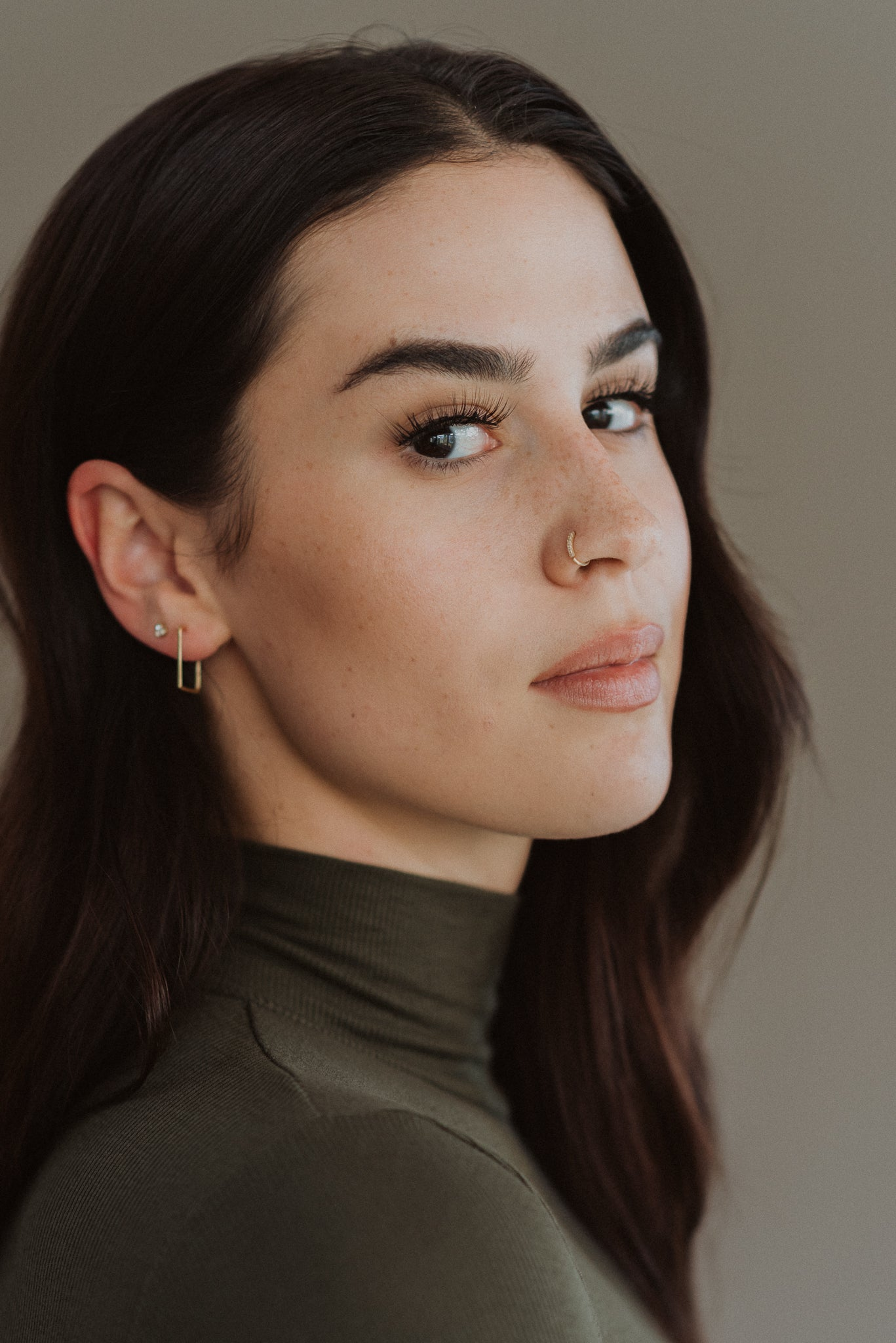 Simply Stylish Square Hoop Earrings in Gold