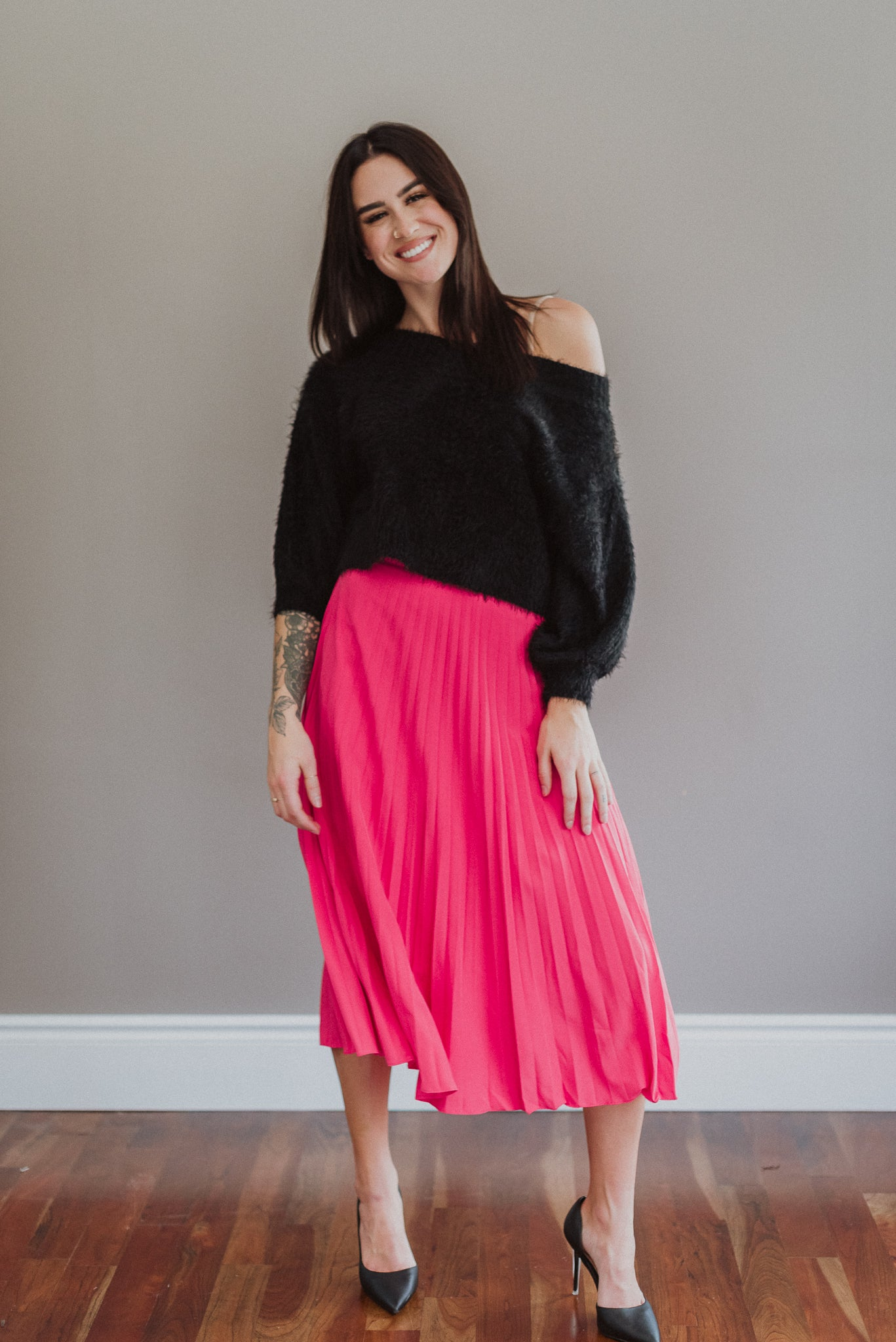 Extra Attention Pleated Midi Skirt