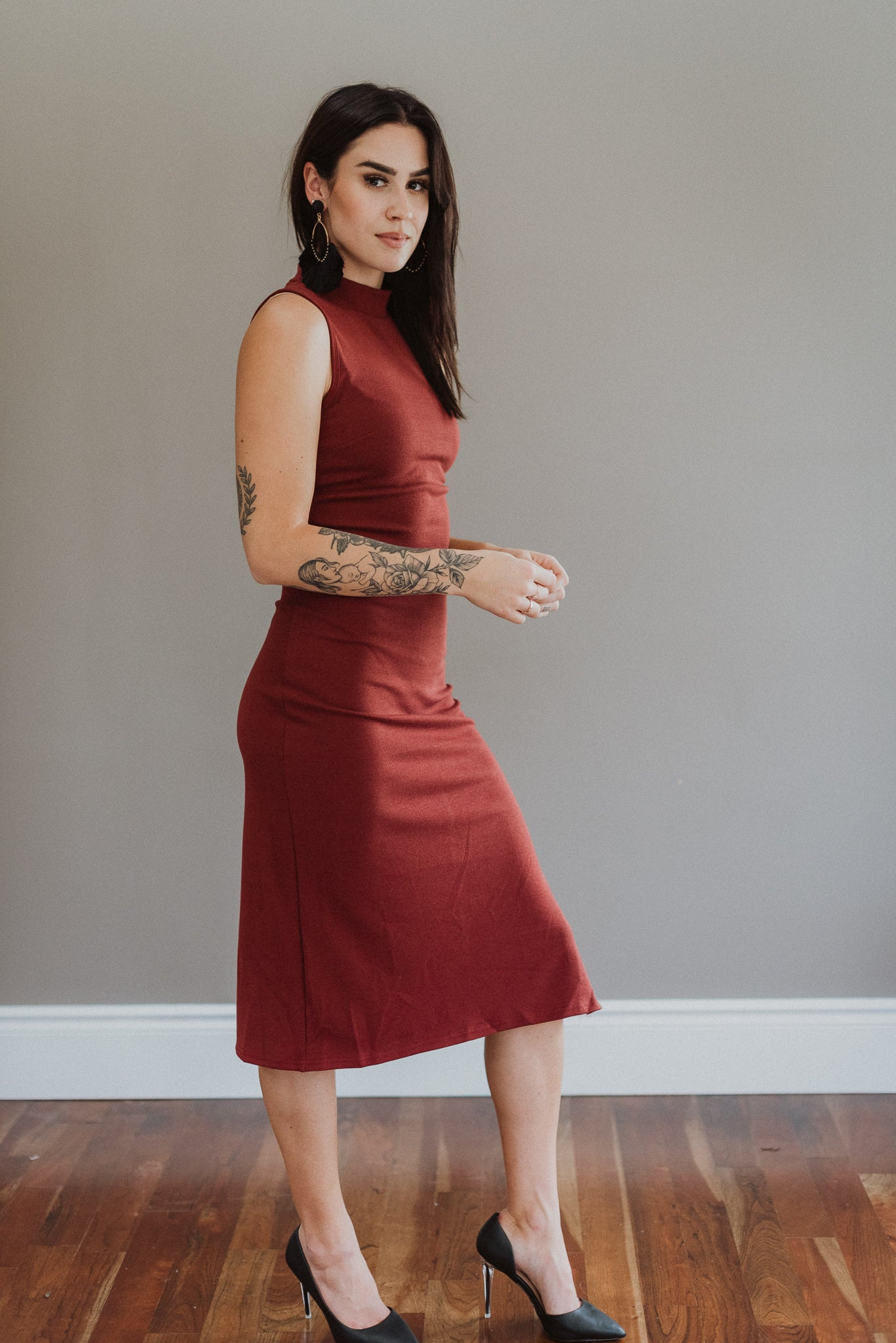 More the Merrier Sleeveless Midi Dress in Brick