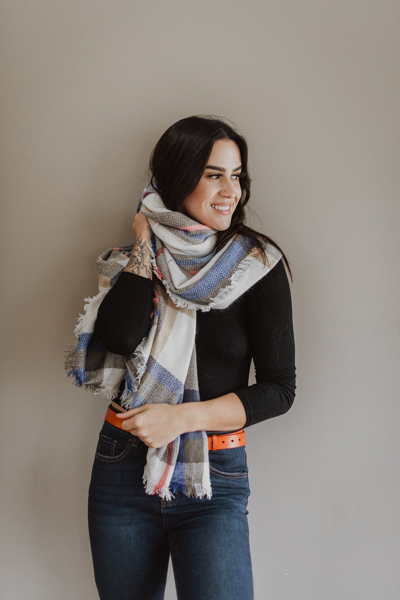 Essential Plaid Scarf in Blue/Pink