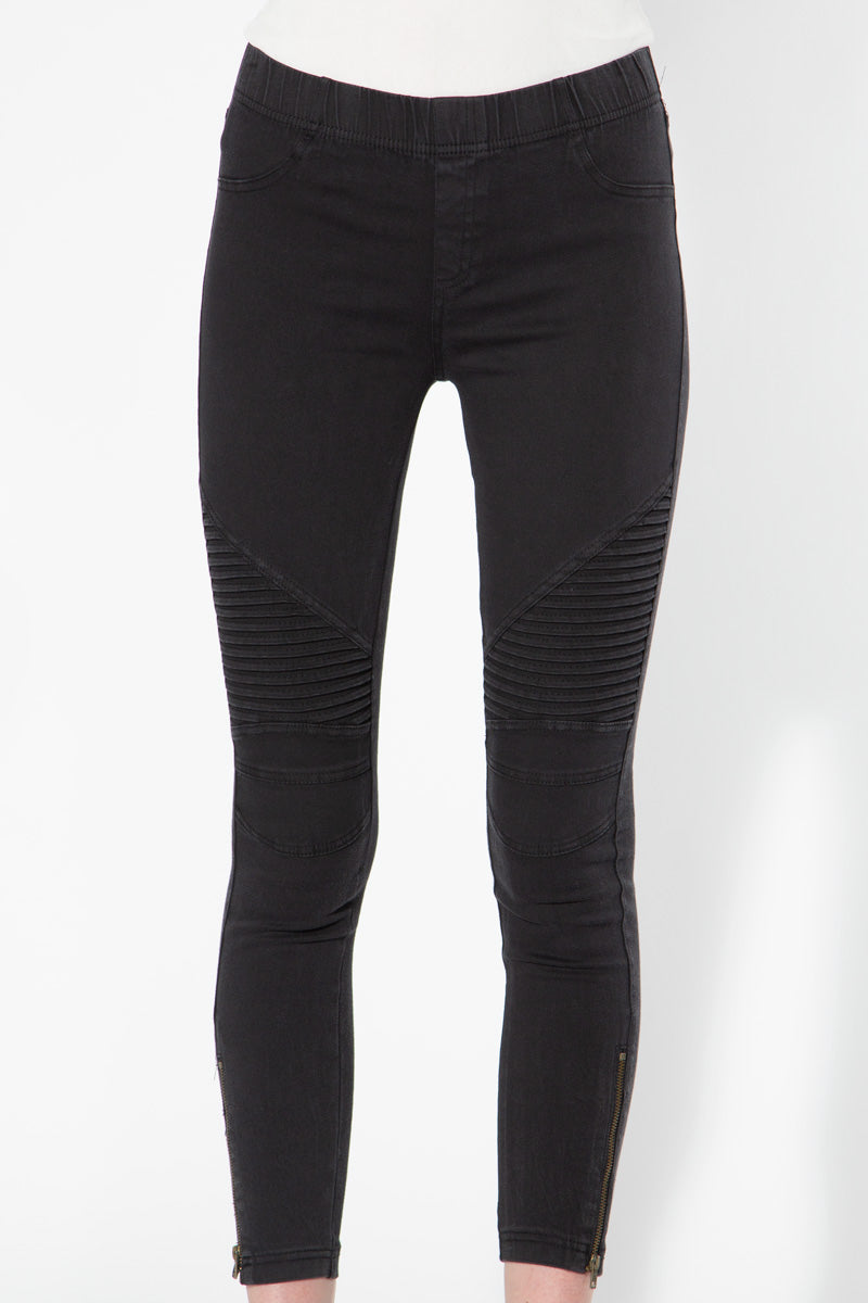 Piper Jeggings in Black