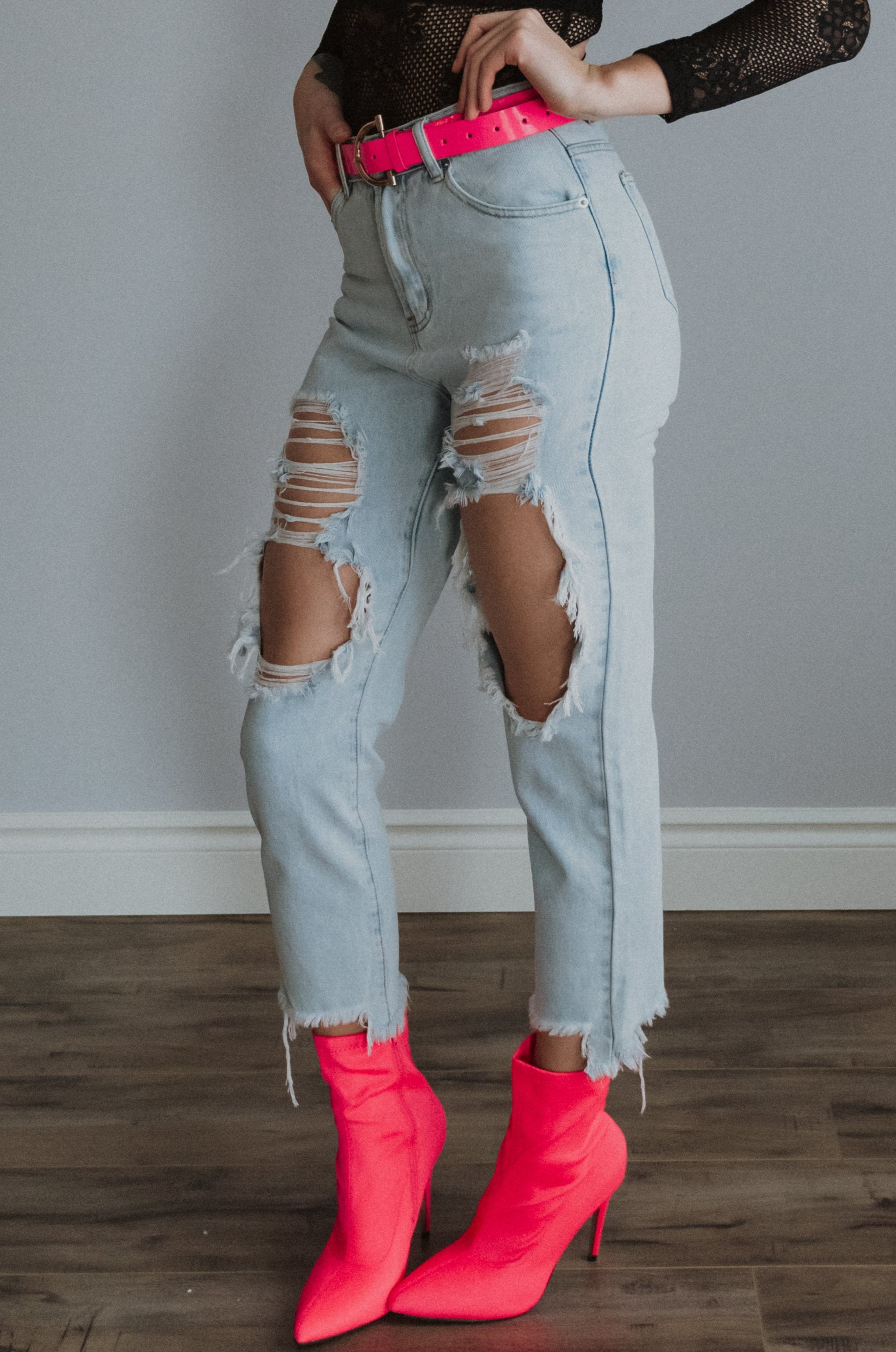 xSOLD OUTx But Make It Fashion Ripped Knees High Waist Mom Jeans