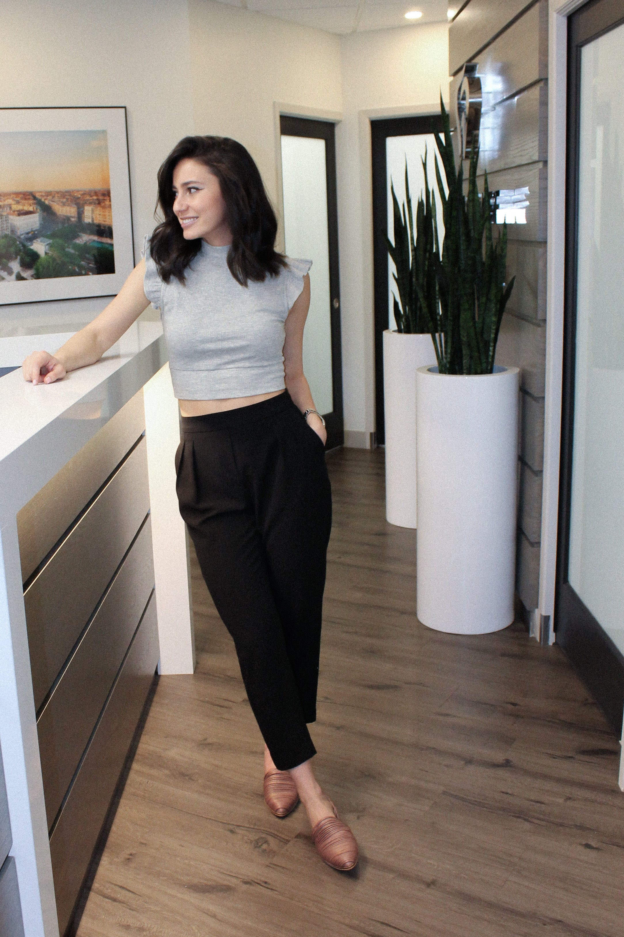 Corner Office Pleated Trousers
