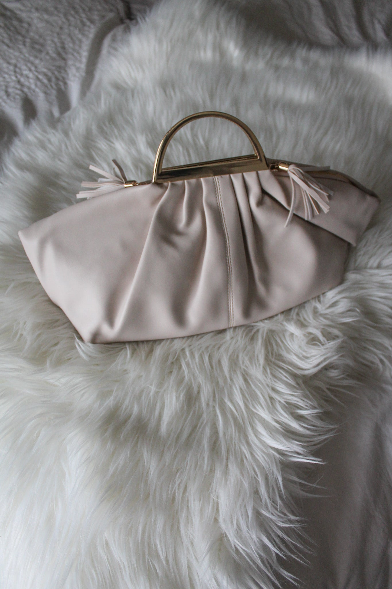 That Final Touch Clutch Handbag in Ivory