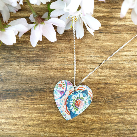 Lotus Round Heart Necklace