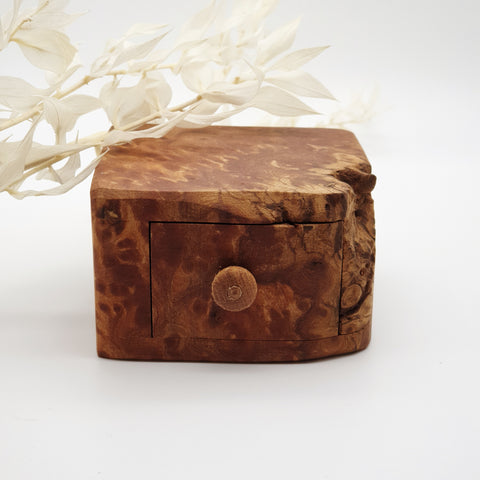 Natural edge wooden box - Elm Burr
