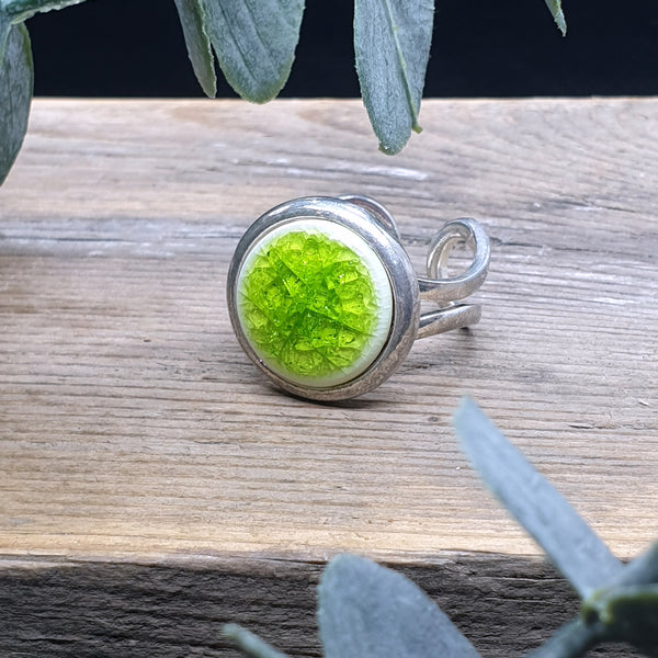 Bright Green porcelain and glass single ring