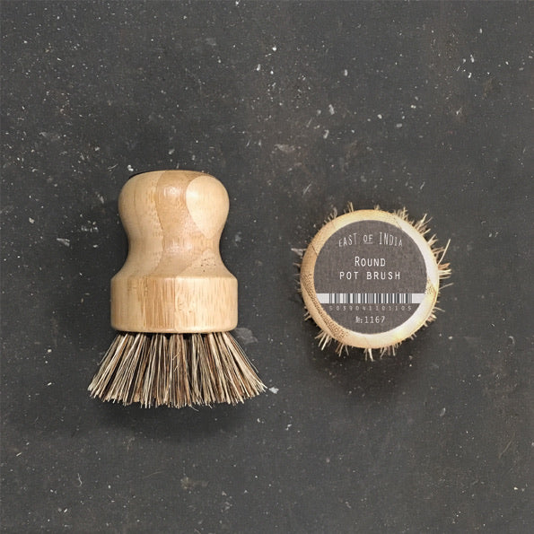 Round pot brush