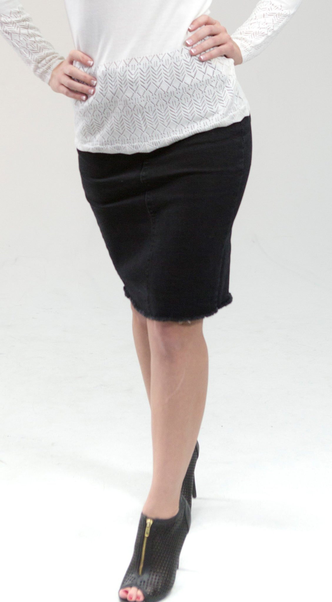 The Amanda Denim Skirt in Black