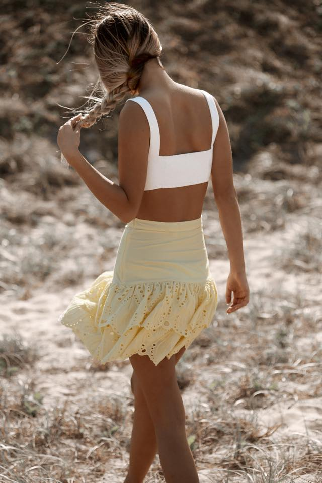 FLO MINI SKIRT - MELLOW YELLOW