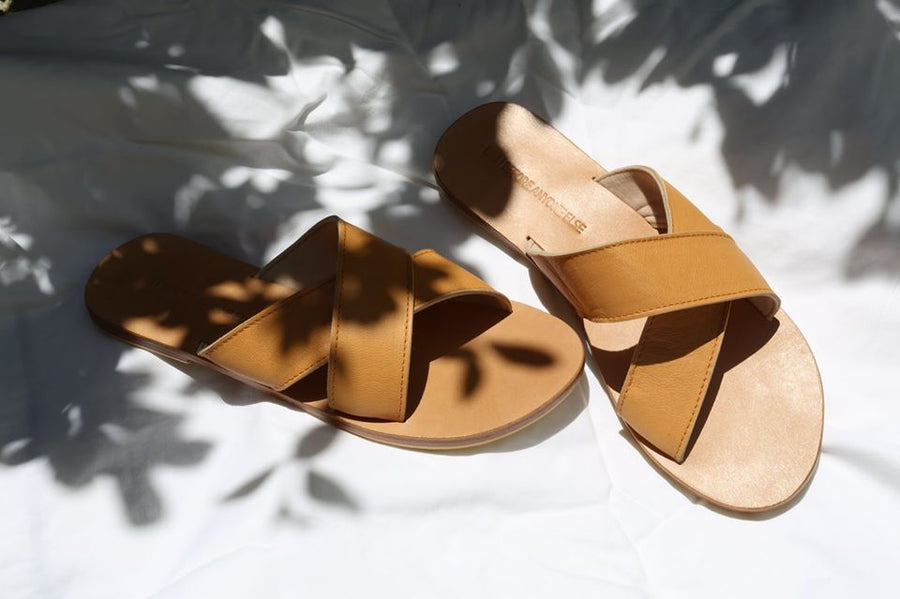 BARE SLIDES - TAN
