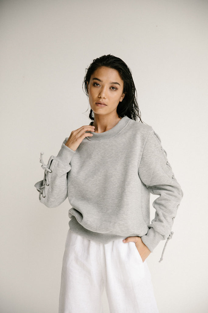 CAMILLA SWEATER - GREY