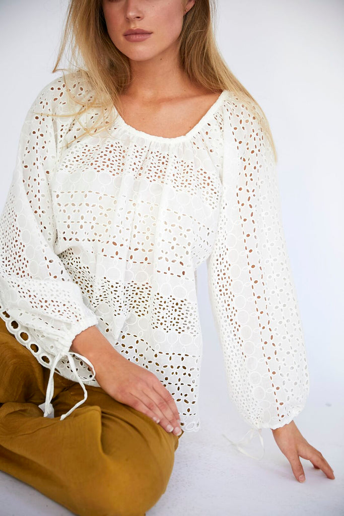ENNA EMBROIDERY BLOUSE - WHITE