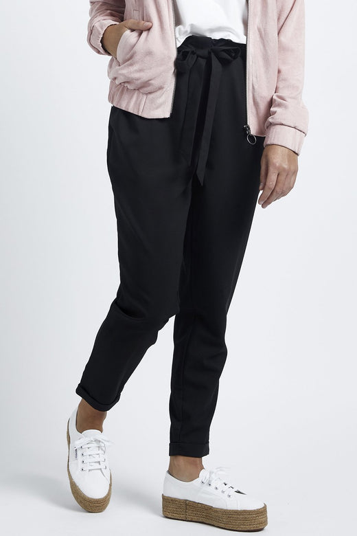Day And Night Black Pleat Front Pant