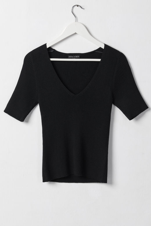 Focused Black Rib Knit Half Sleeve V Neck Top