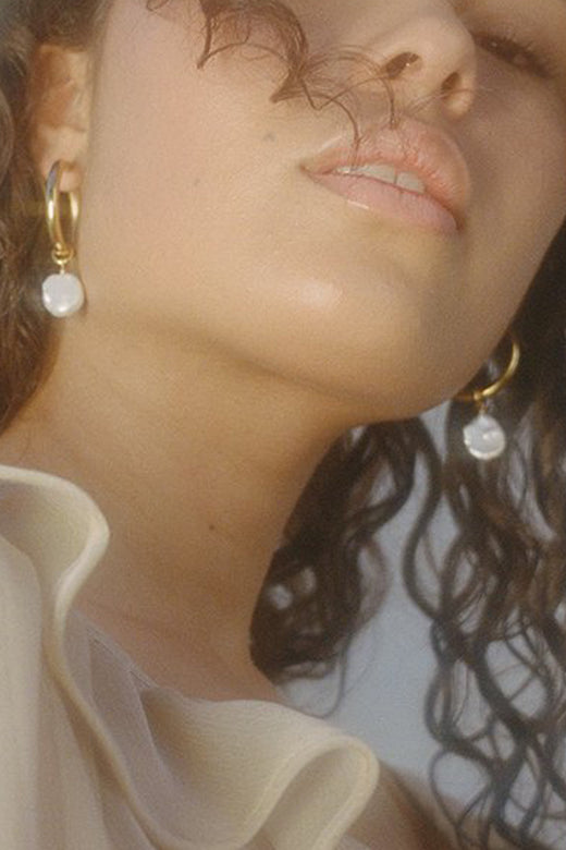 Fresh Pearl Gold Hoop Earrings