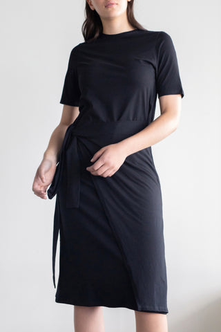 Incline Midi Tie Waist Black LS Dress