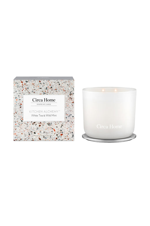 Kitchen Alchemy White Tea + Wild Mint Classic Candle 260g