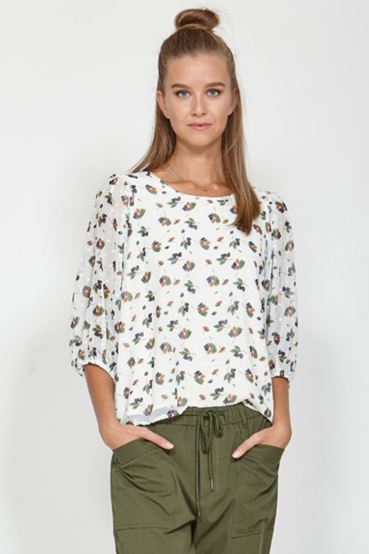 Expel Vanilla Puff Sleeve Blouse