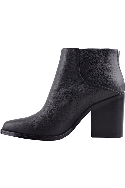 Leo Ankle Black Tumbled Boot