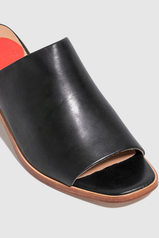 Scope Heeled Black Mule