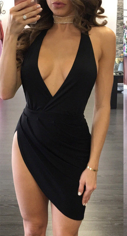 Sexy Backless Halter Neck Plunged Dress