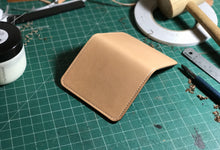Compact card wallet