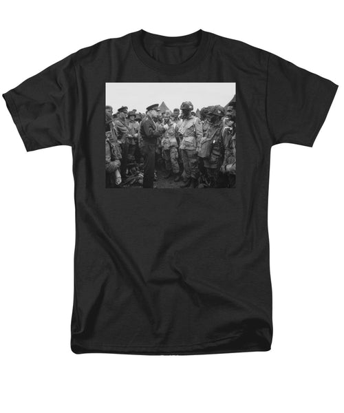 General Eisenhower On D-Day - Men's T-Shirt  (Regular Fit)