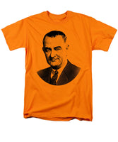 President Lyndon Johnson Graphic - Black And White - Men's T-Shirt  (Regular Fit)