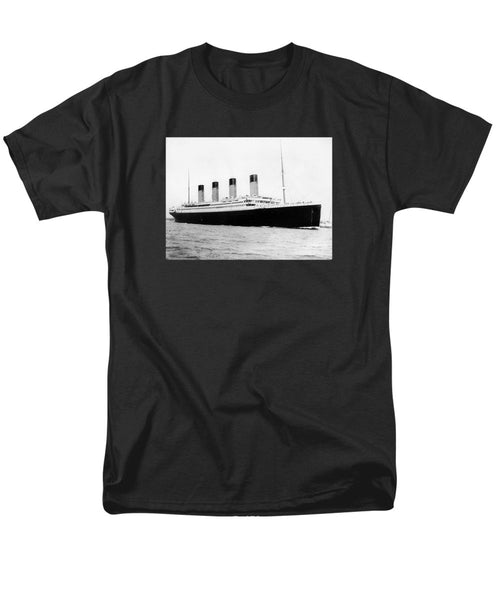 RMS Titanic - Men's T-Shirt  (Regular Fit)