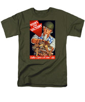 Uncle Sam - Yours For Victory - Men's T-Shirt  (Regular Fit)