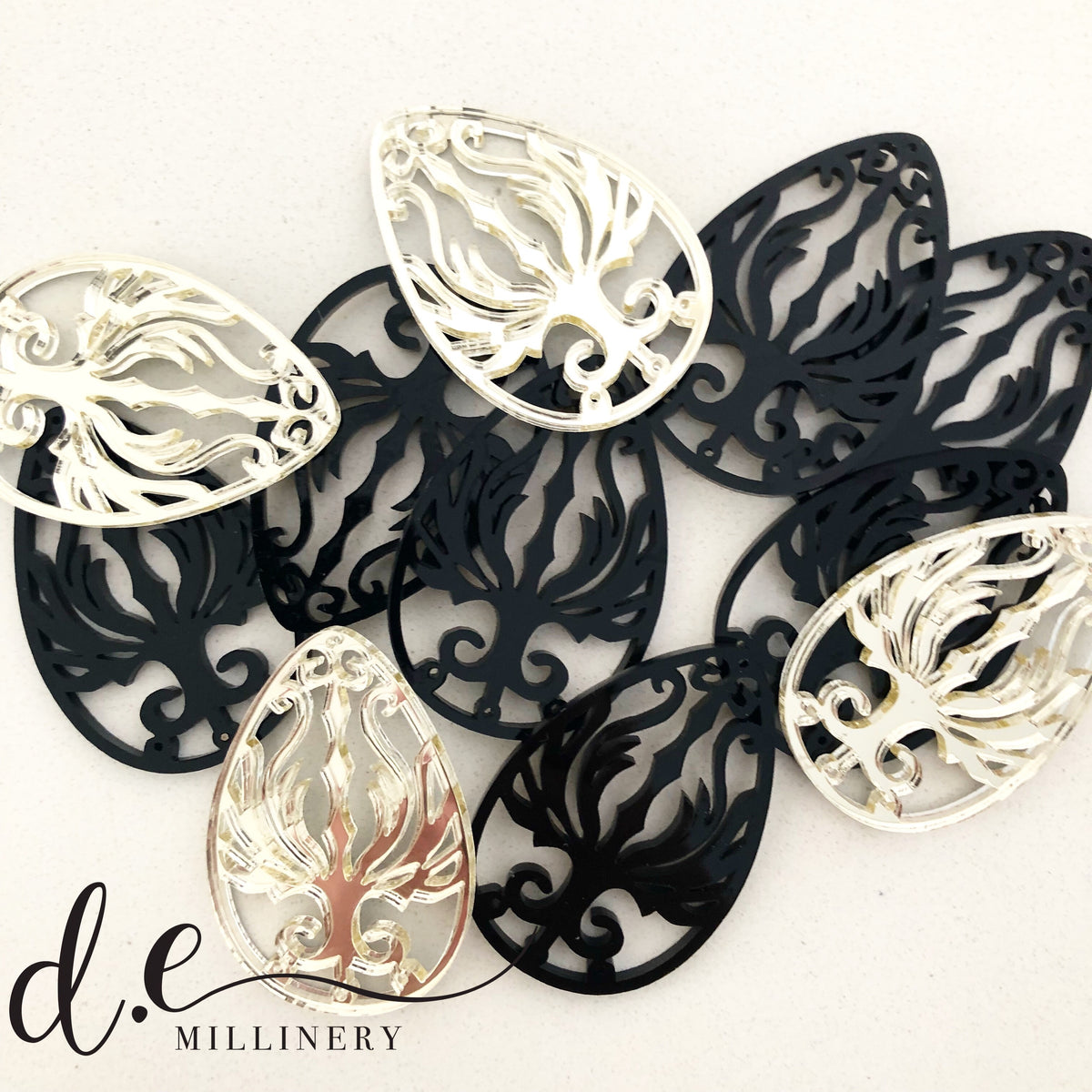 ACRYLIC FILIGREE EARRINGS