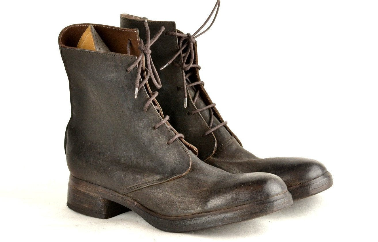 Derby Boot  |  Brown horse