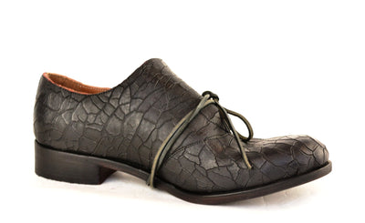 Foldover Shoe  |  black crazed cordovan