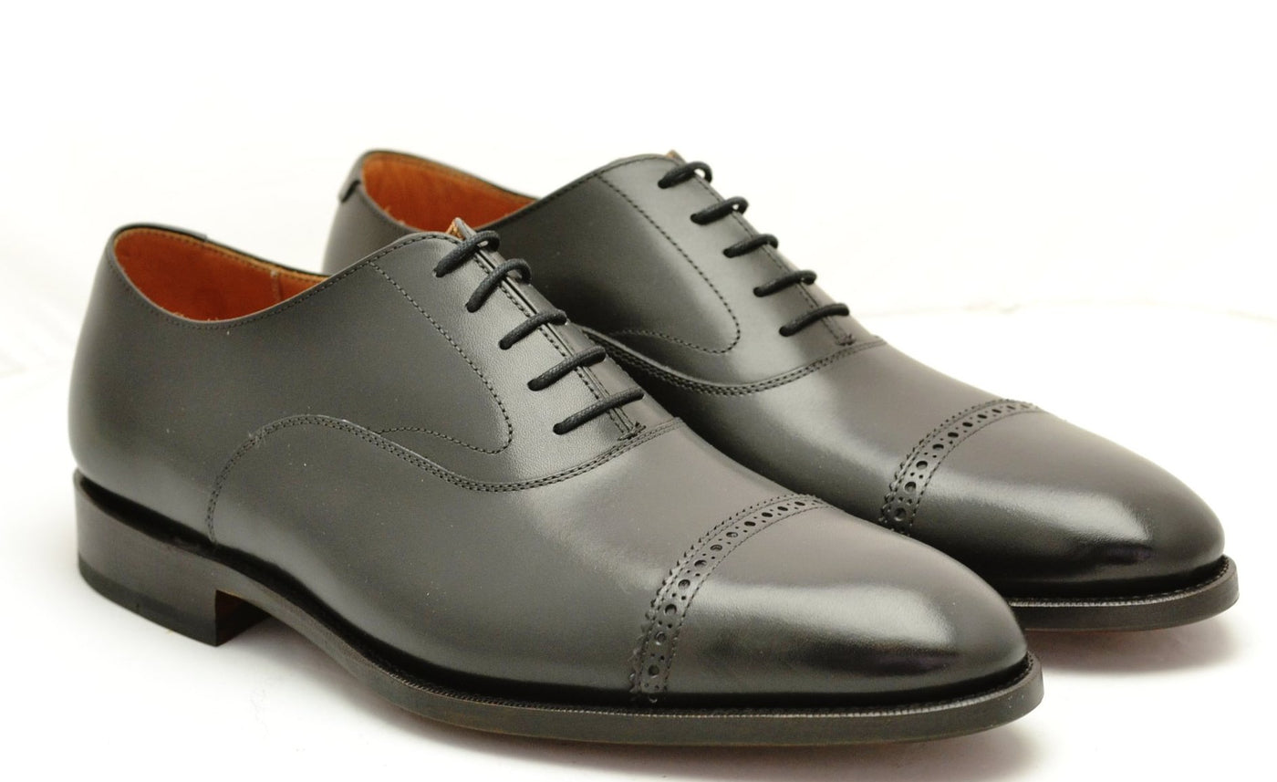 Oxford toecap brogue |  Black  | Calf