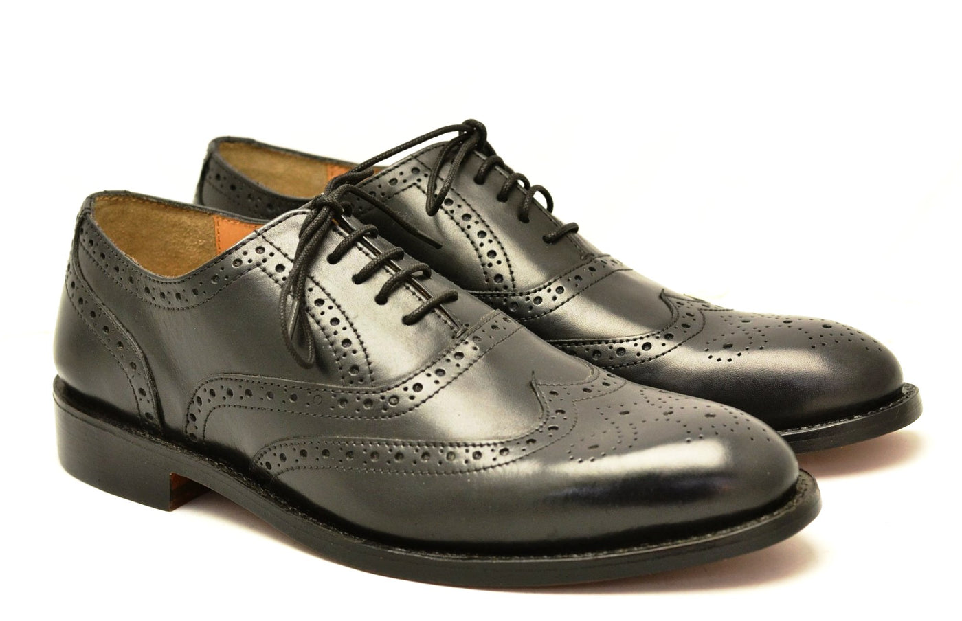 Wingtip brogue |  Black  |  calf