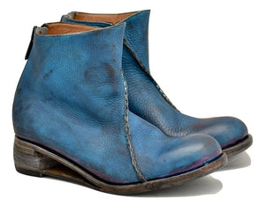 Zip back boot  |  cobalt blue yak