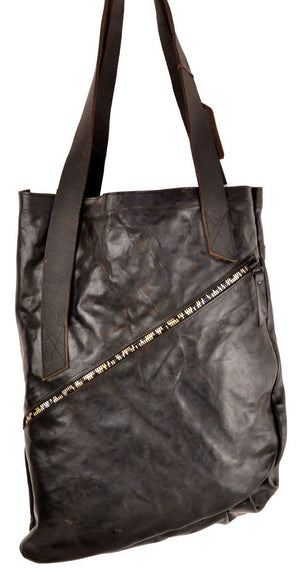 Zip Tote  |  Black Washed Horse