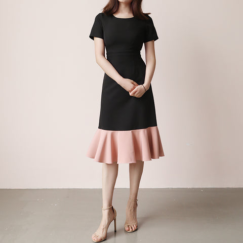 Short Sleeve Black and Pink Midi Dress