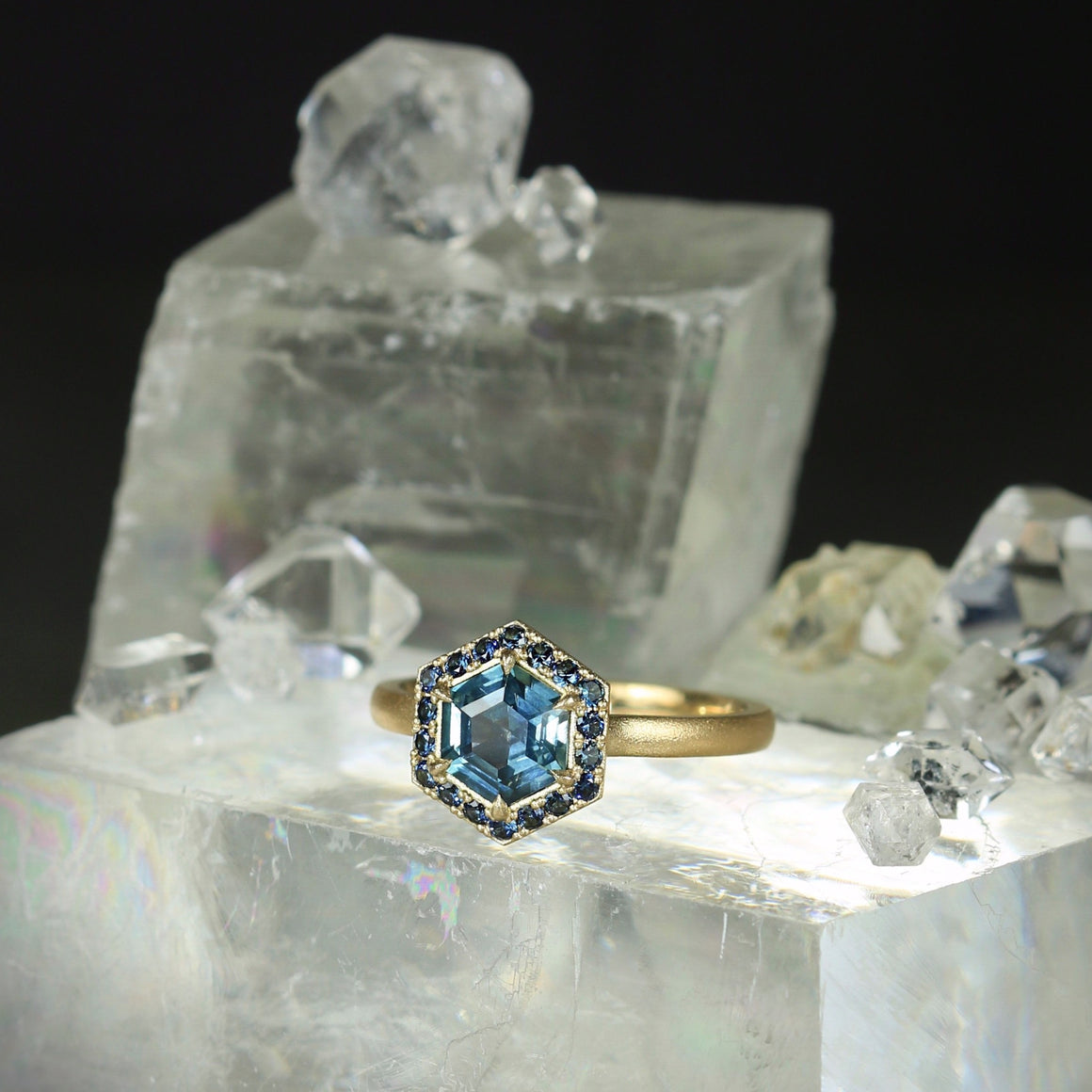 Hailey Ring with Hex Montana Sapphire
