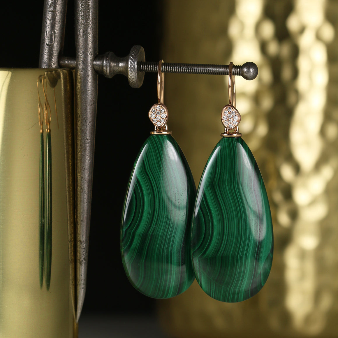 Malachite Piedras Pavé Drop Earrings