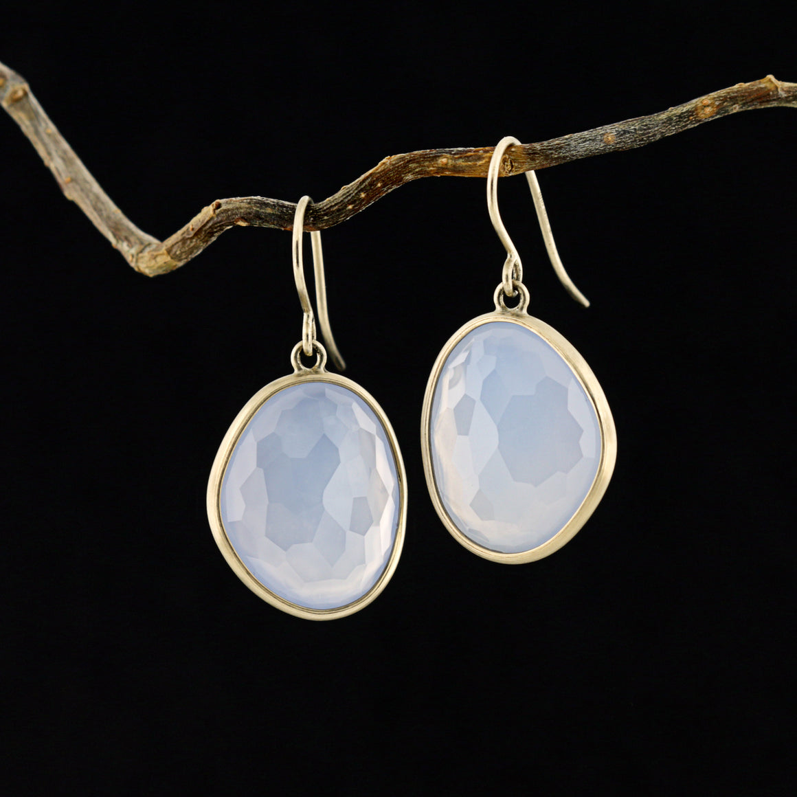 Piedras Earrings with Lavender Chalcedony - Medium