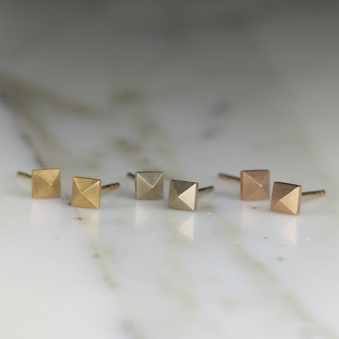 Pyramid Stud Earrings in White Gold