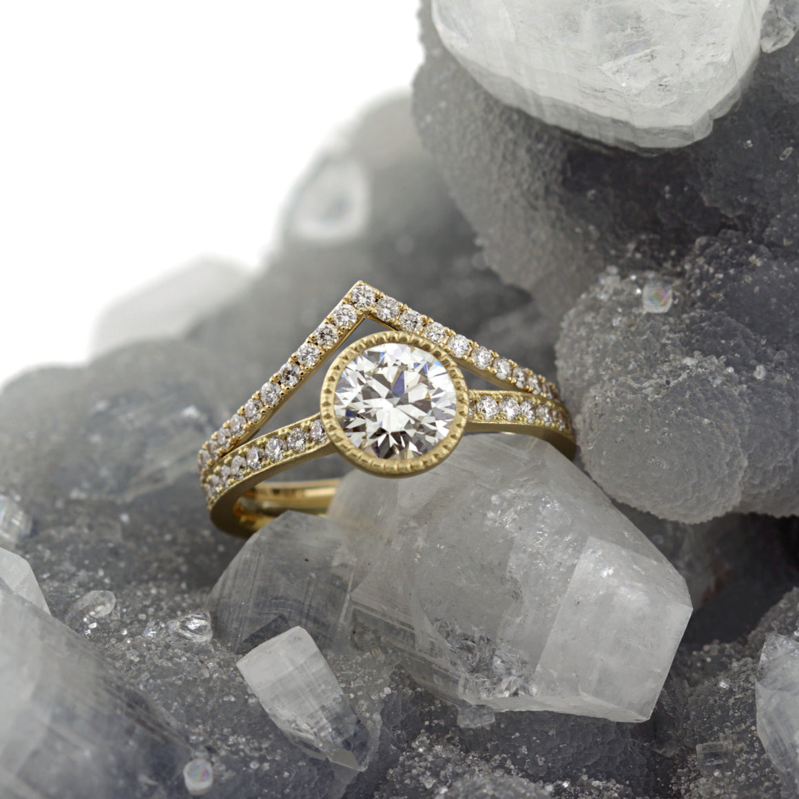 Stella Ring in Yellow Gold with Diamonds