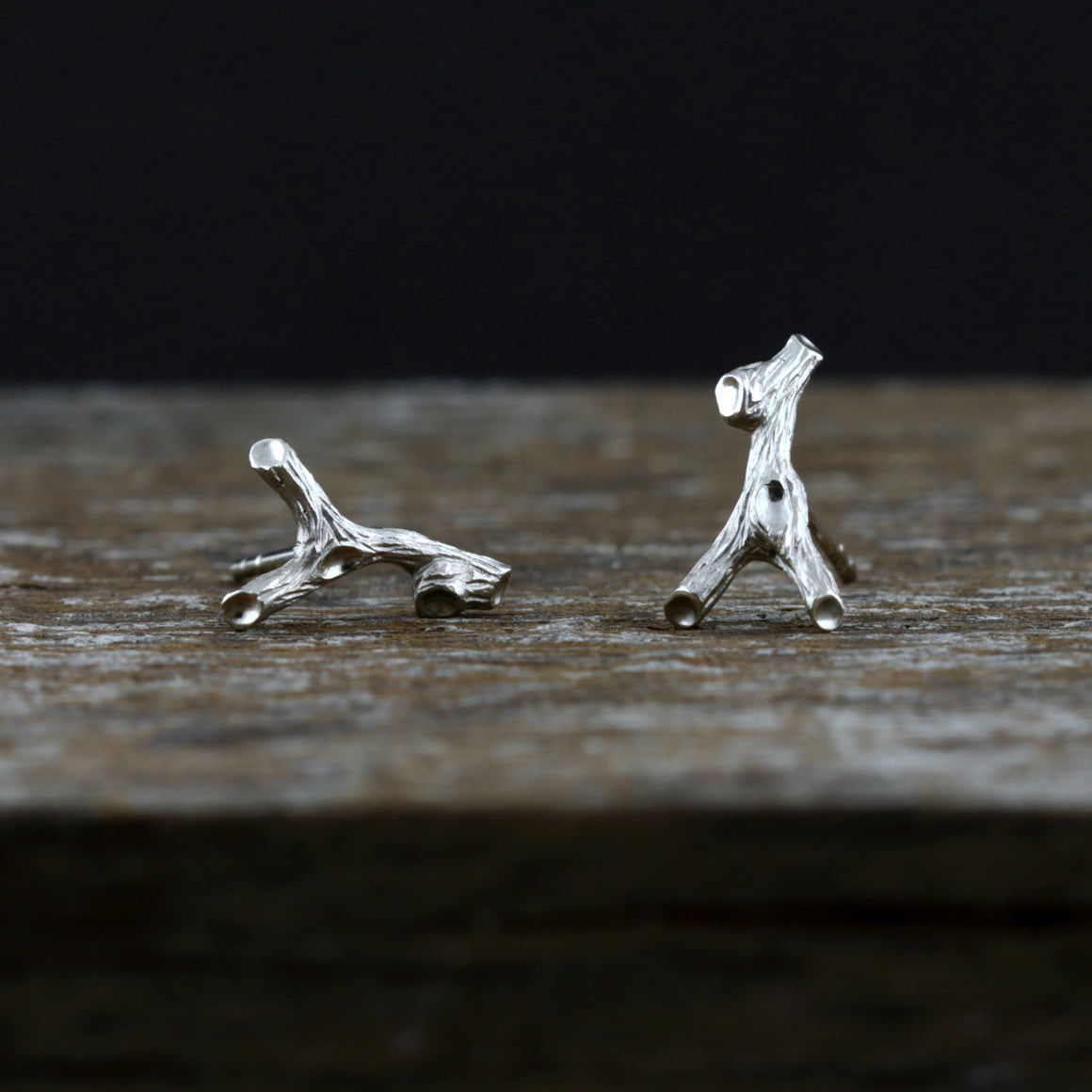 Woodland Branch Stud Earrings in White Gold