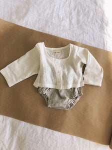 Linen long sleeve top in milk linen