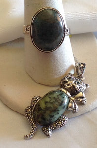 Sterling Silver Green Jasper Ring and Cat Pendant