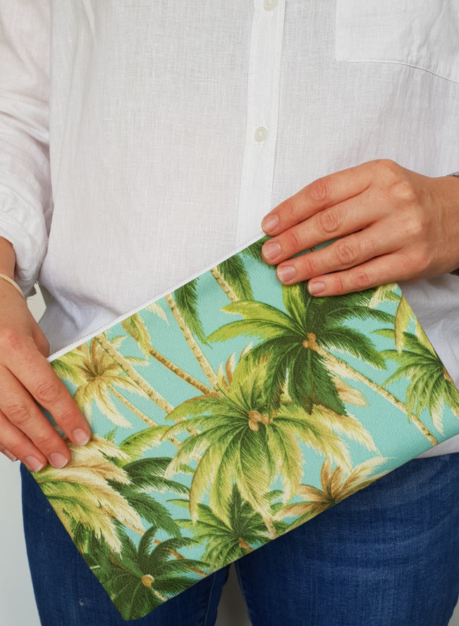 Aqua Artsian Palms Clutch