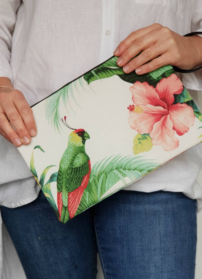 Tropical Hibiscus and Parrot Clutch
